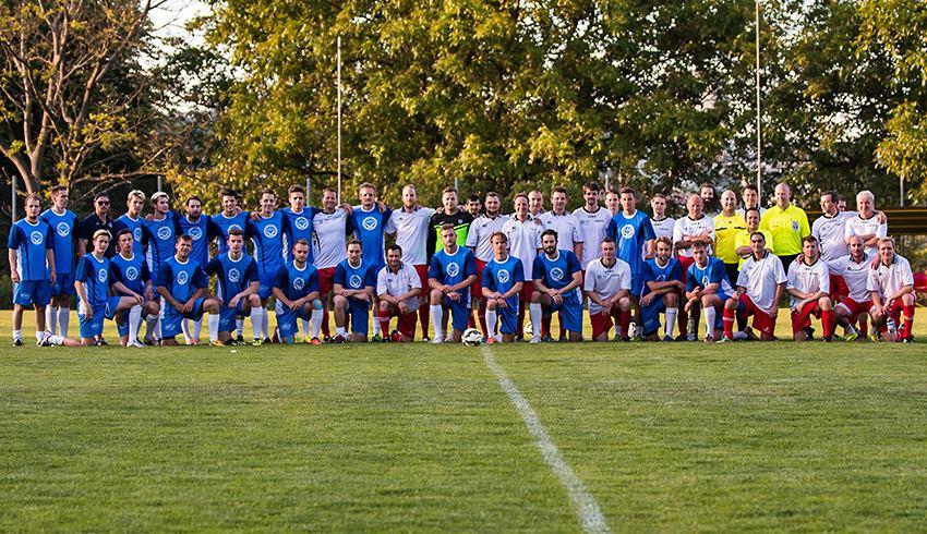 Kometa si letní přípravu zpestřila fotbalovým zápasem proti lékařům z Nemocnice u Sv. Anny