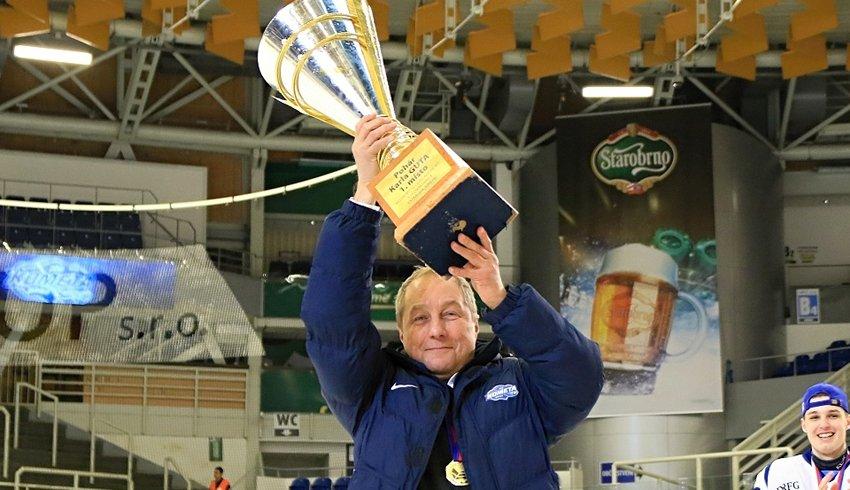 Díky juniorce jsem znovu dostal obrovskou chuť do hokeje, tvrdí Lubomír Oslizlo